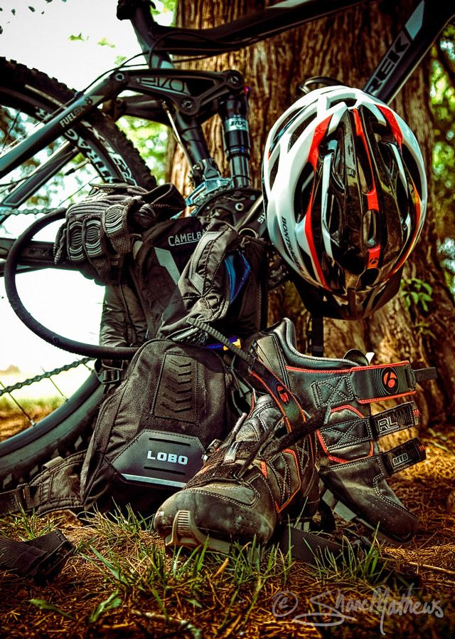 Mountain Biking Gear. All the ingredients for happiness on two wheels.