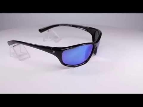 Arctica S 204 B napszemüveg. Fontos, hogy a napszemüveg teljesen betöltse a funkcióját. Ez teljes mértékben jellemző a Arctica S 204 B modellre, kezdve a kerettől, amelyiknek rugalmas formatartó anyaga jól illeszkedik a fejre.  KATTINTS IDE!
