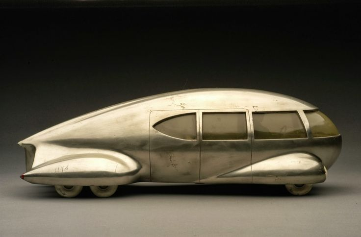Norman Bel Geddes, Motor Car No. 9, 1933. Photo:Edith Lutyens and Norman Bel Geddes Foundation/Harry Ransom Center, USA.