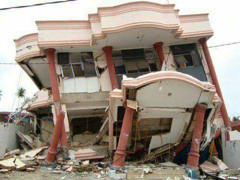 Mengerikan !!! Detik - detik Hancurnya Malang Surabaya Karena Gempa Kemarin