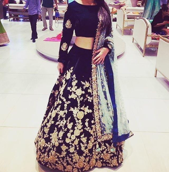 "387 Likes, 21 Comments - Asopalav India (@asopalav) on Instagram: ""#ClientDiaries #Asopalav #GorgeousDresses #gorgeousbrides #InstaBrides #IndoWestern #IndianBrides…"""