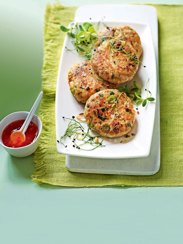 These quick and easy Thai fishcakes make a perfect starter.