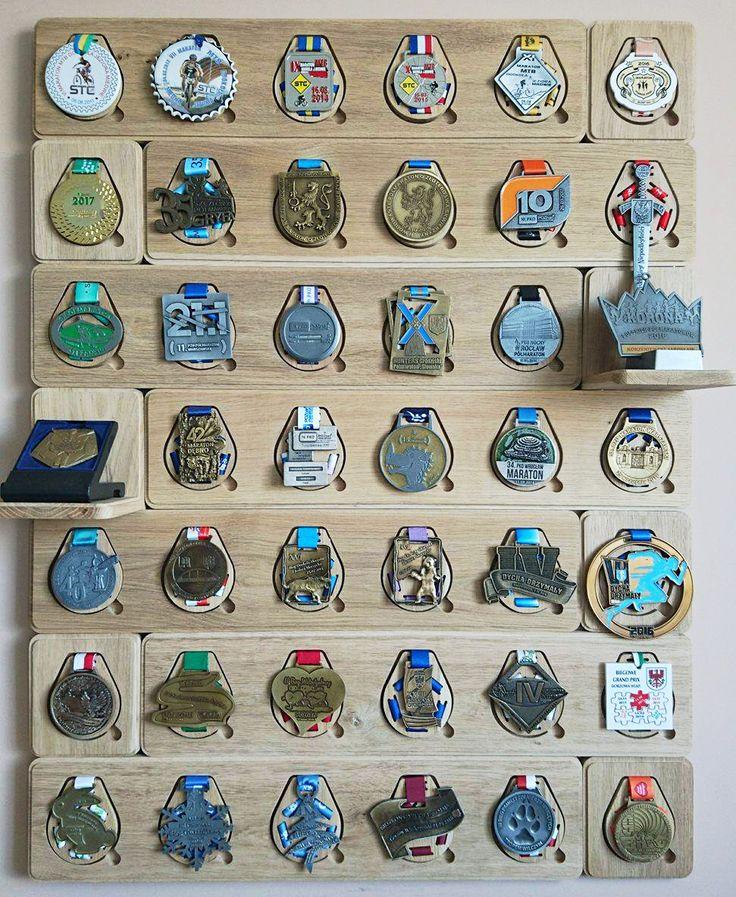 Riqqon medal display system. www.riqqon.com