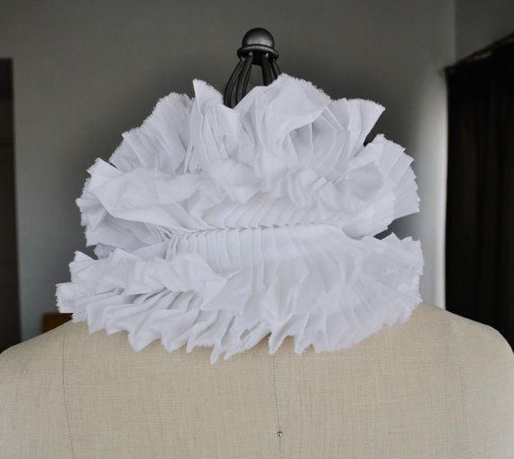 White Ruffle collar/Pleated Collar/Detachable Ruffle by marinaasta
