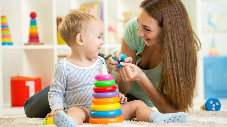 10 jocuri pentru bebeluşi care ajută la dezvoltarea intelectuală