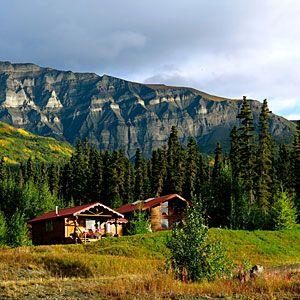 37 Best Cabin Getaways | Ultima Thule Lodge, Wrangell St. Elias National  Park