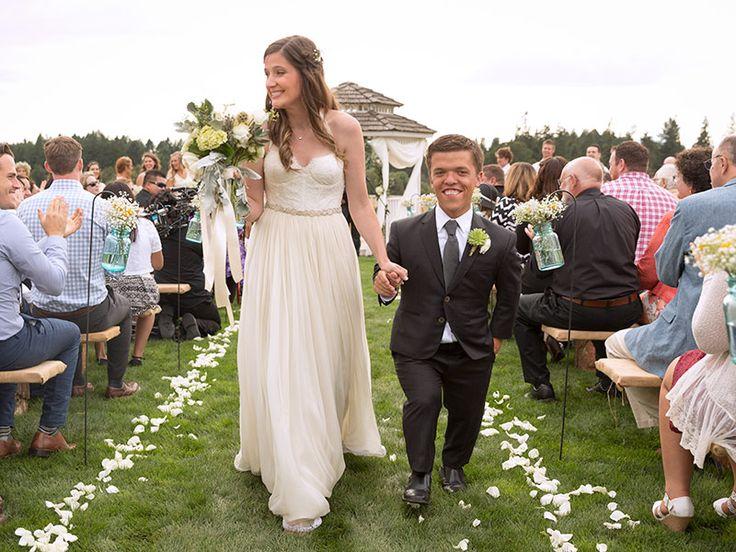 Little People, Big World's Zach Roloff Is Married! http://www.people.com/article/little-people-big-world-zach-roloff-wedding