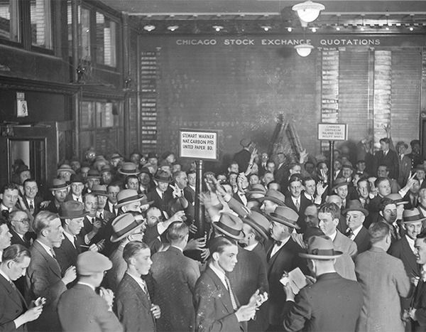 The trading floor of the Chicago Stock Exchange at 115 North Dearborn Street in 1926.