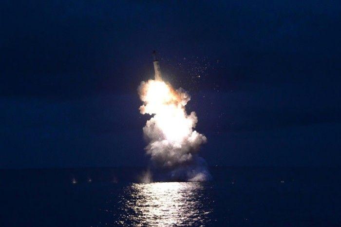 Coreia no Norte dispara míssil sobre Mar do Japão