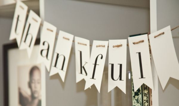 One simple word in a neutral tone works with all decor and for any holiday or occasion. Like!