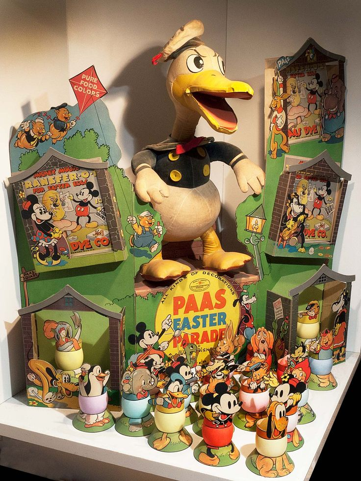 THE WORLD UPSTAIRS The Mel Birnkrant Collection Disney Vintage PAAS Easter Display Decor Egg Paper