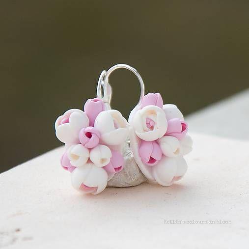 ketlin / nežnosť v ruži ukrytá 2 - zatvárateľné kvetinkové náušnice