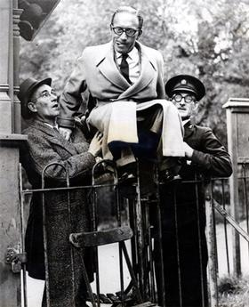 Arthur Askey and Monsewer Eddie Gray in Roath Park, Cardiff, Wales, on October 8, 1947