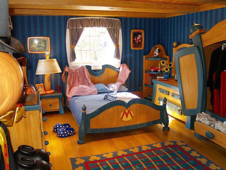 disney bedrooms. mickey inspired bedroom - this reminds me of when we still had mickey\u0027s toon town at the magic kingdom and you could go in houses. disney bedrooms