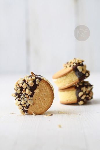 Sandwich helado: | 20 Recetas deliciosas que puedes hacer con galletas María