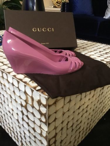 b0794c296f80d GUCCI Marola Rubber Pink Wedges Jelly Shoes 40  WomensDressShoes   WomenShoesFashion  jellyshoes