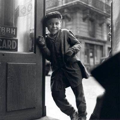 """Martin Glaus - """"Titi parisien"""" Paris, 1949"""