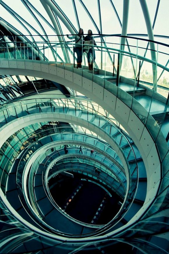 esoteric-pieces-of-8:  staircase