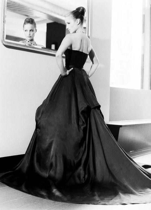 stunning in black