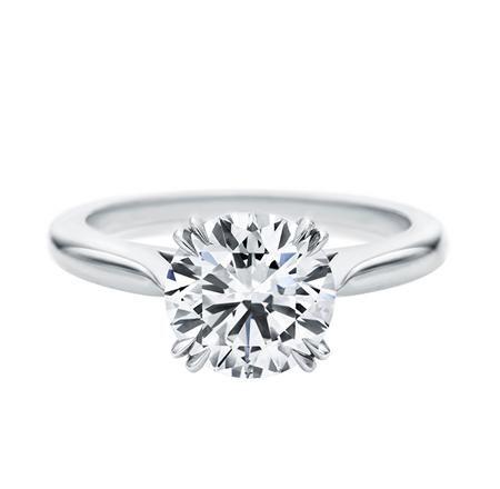 シンプルなデザインは、ストーンに自信があるハリーウィンストンだからこその自信作品 *エンゲージリング 婚約指輪・ハリーウィンストン一覧*