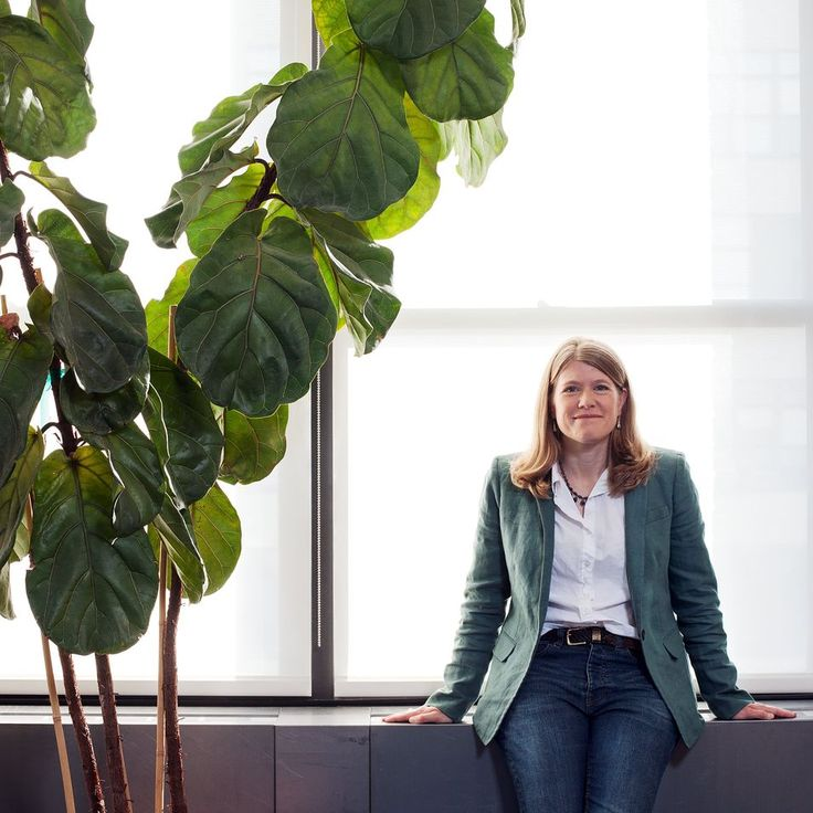 Sarah Parcak, Space Archaeologist Dr. Parcak uses satellite imaging to find undiscovered ruins and fight looters at ancient sites. Sarah Parcak, associate professor of anthropology and director of the Laboratory for Global Observation at...