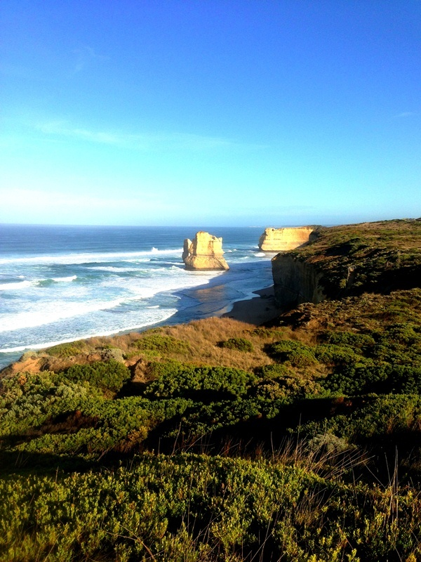 Approach to Gibson Steps on the Great Ocean Walk - One of our favorite morning trail runs!