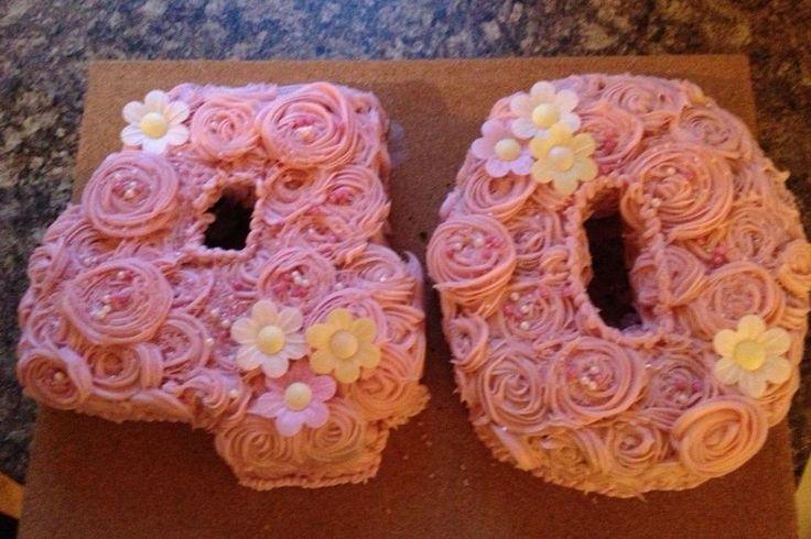 Pink rose piped 40 cake