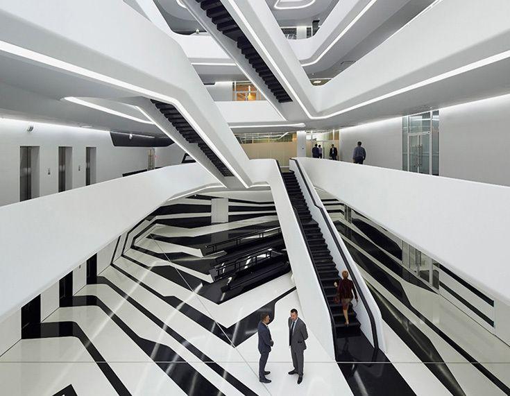 Интерьер бизнес-центра Dominion Tower в Москве, архитектор Заха Хадид