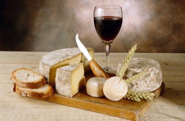Risultati immagini per degustazione vini e formaggi sardi