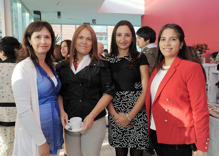 María Antonieta Quijada, Evelyn Martínez, Maryorie Leplat, María Loreto Cofré.
