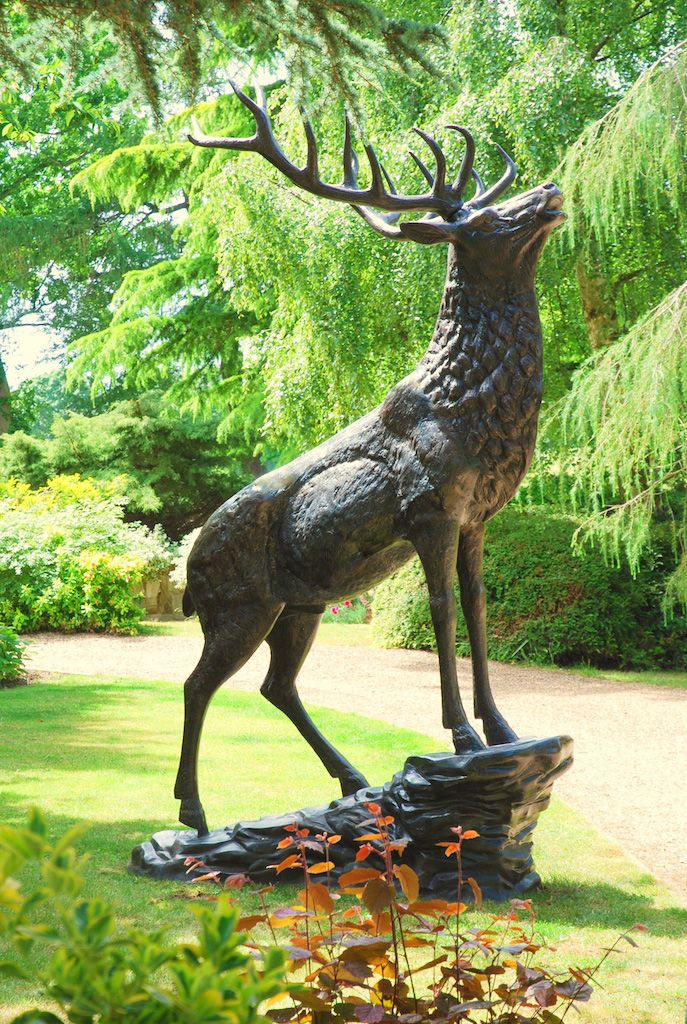 Want To Add The Perfect Centre Piece To Your Garden We Sell A Wide Range Of Lifelike Animal Garden Orname Bronze Sculpture Animal Stone Sculpture Deer Statues