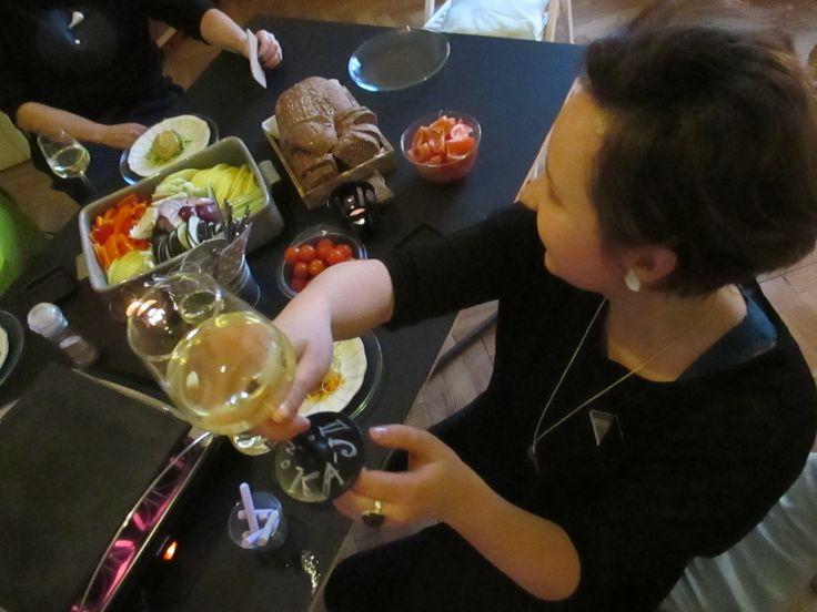 Raclette parties.. http://www.karolinastrykova.cz/
