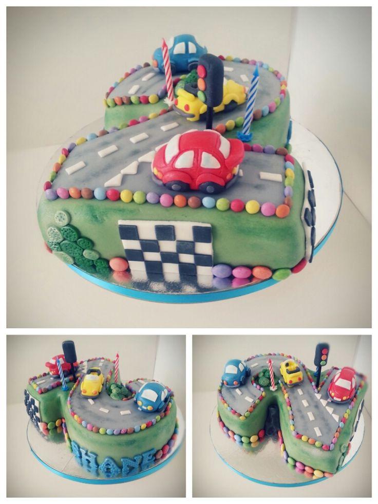 Kuchen mit cars motiv