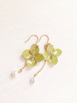アクセサリー:Dried hydrangea earrings