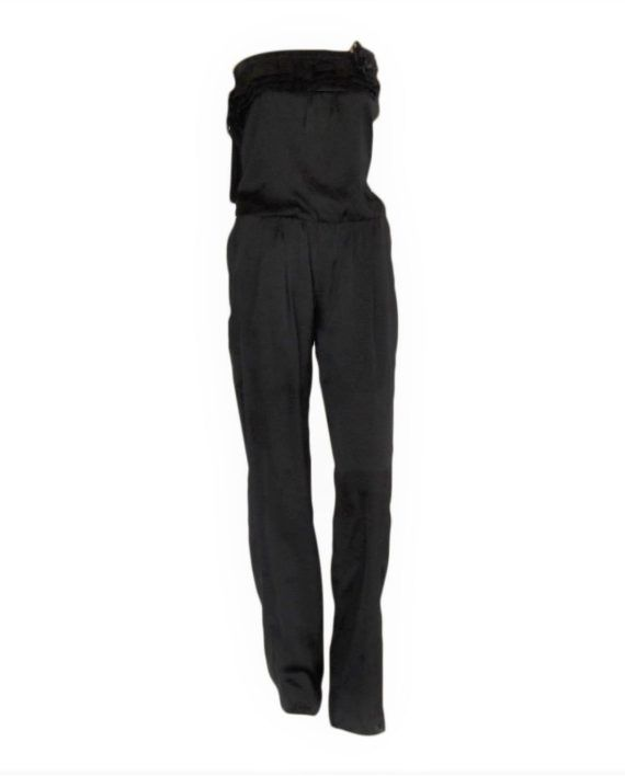 Bandeau Jumpsuit Look flawless in this gorgeous black satin bandeau jumpsuit. It has a very flattering bandeau neckline and a very beautiful frill detailing.