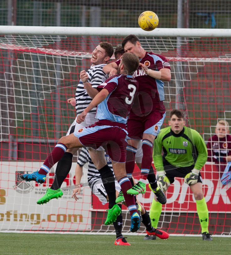 Queen's Park's Ryan McGeever heads the ball during the Ladbrokes League One game between Stenhousemuir and Queen's Park.