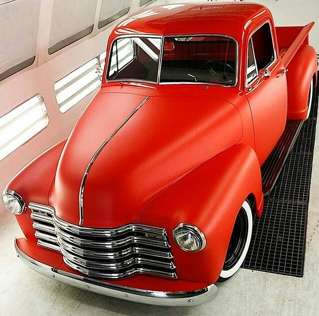 Truck flat red