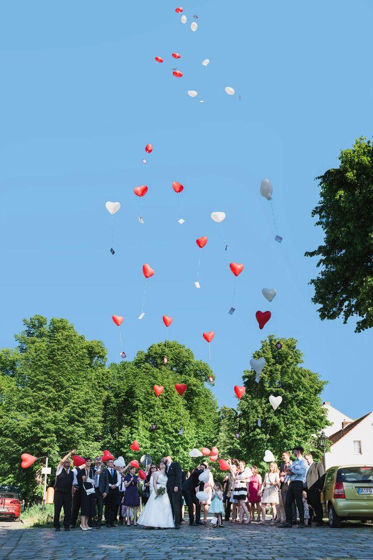 #luftballon hochzeit #luftballons hochzeit helium #luftballons hochzeit idee #luftballons hochzeit deko #heliumballons hochzeit bestellen #Hochzeit Herzluftballongs #Herzballon Hochzeit Helium #