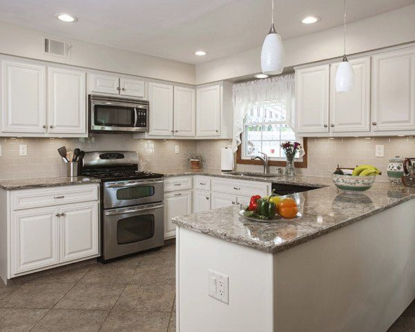 What Countertop Looks Good With White Cabinets