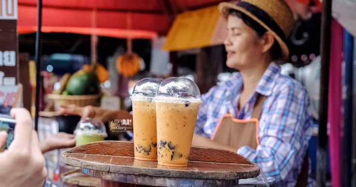 Loving the traditional Iced Thai Tea from Chatuchak Weekend Market in Bangkok, Thailand. It was pretty cheap, only for 25 Baht. And guess what? It's served with grass jelly, too! If you're planning a trip to Bangkok, I recommend you to try it!