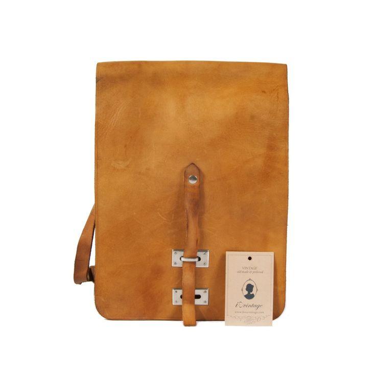 https://www.ilovevintage.nl/indicolite-bag-light-brown-30200401-vintage-stijl-kleding-vintage-tassen.html