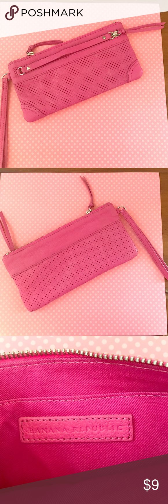 NWOT Banana Republic Mini Clutch Never used bright pink Banana Republic mini clutch. Perfect condition! 100% leather. Approx 9 X 4.5. Very stylish! Banana Republic Bags Clutches & Wristlets