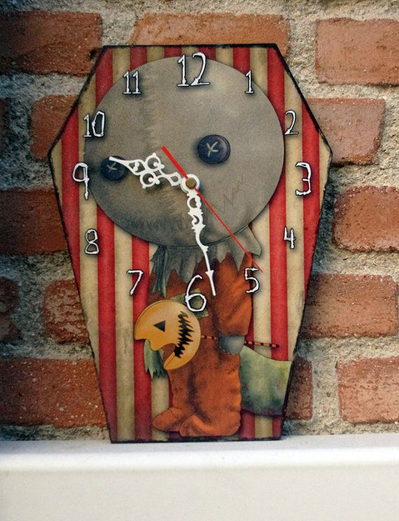 Wooden wall coffin-clock   Sam  Trick'r treat by Villaoscura