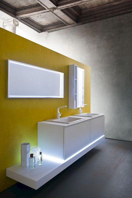 Jacana JA20 | Compab _ Light for the cabinet.