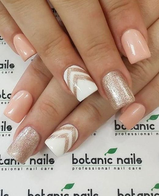 11 Trendy Easy Nail Art Ideas: #4. Peach, White and Gold