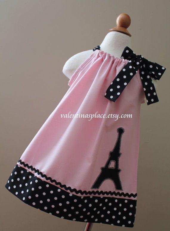 Lovely Eiffel Tower Paris pillowcase dress                                                                                                                                                      Más