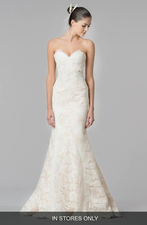 Carolina Herrera 'Dahlia' Strapless Lace Trumpet Gown (In Stores Only)