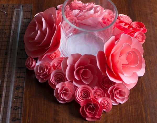 Paper Flower Centerpiece Tutorial/ 14 DIY Flower Crafts for Weddings or Spring