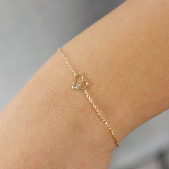 Heart bracelet 14k solid gold with a white by KyklosJewelryLab