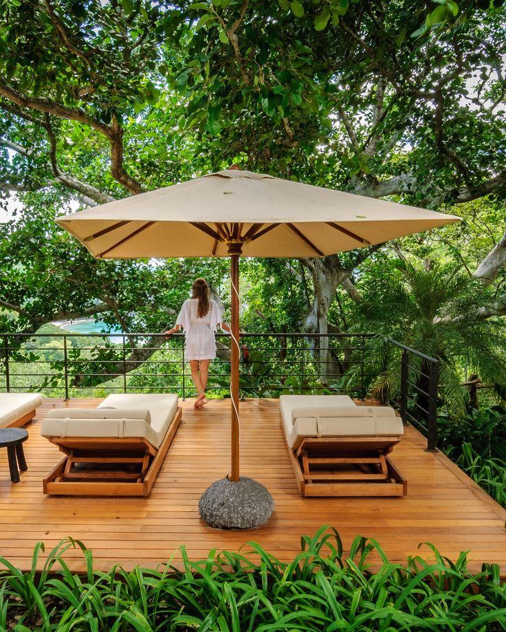 Luxury Villa El Alma is a 3 bedroom designer luxury villa in the lush hills of the Papagayo Peninsula #costarica #papagayo #villarental #luxury #luxurytravel #casalio #travel #reisen #urlaub #ferienvilla #luxusvillen #luxusvilla #ferienhaus